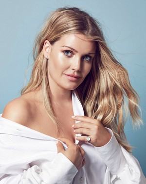 Lady Kitty Spencer editorial