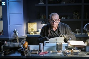 Legends of Tomorrow - Episode 3.11 - Here I Go Again - Promo Pics