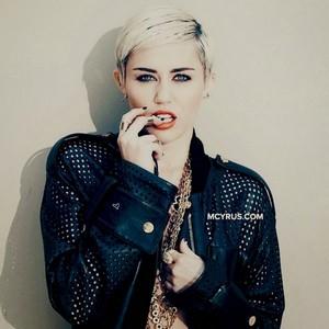 Miley Cyrus Фан art made by me - KanonKyu