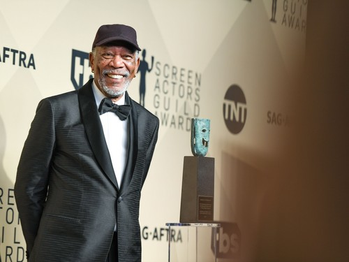 morgan Freeman karatasi la kupamba ukuta called morgan Freeman (2018)