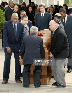 Nell Carter's Funeral Back In 2003