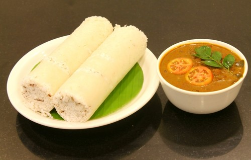 Indian Food wallpaper called Puttu with kadala curry