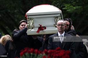 Robin Gibb's Funeral Back In