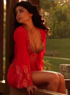 Sexy Shriya Saran