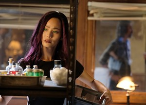 """The Gifted """"boXed in"""" (1x05) promotional picture"""