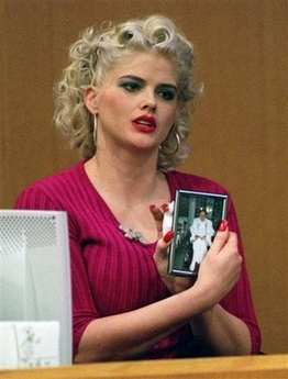 Vickie Lynn Hogan- Anna Nicole Smith, (November 28, 1967 – February 8, 2007)