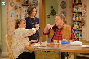 10x01 - Twenty Years to Life - Roseanne, Darlene and Dan