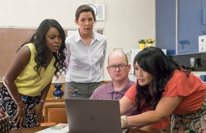 1x02 - Teacher Jail - Stef, Michelle and Mary
