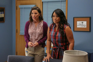 1x04 - Overachieving Virgins - Michelle and Stef