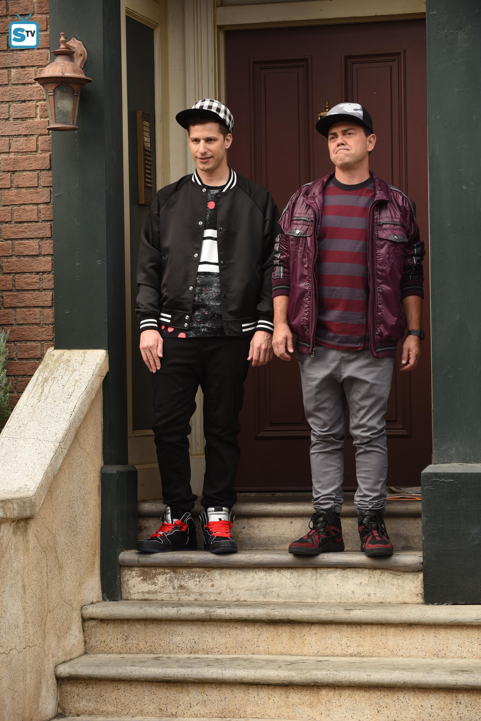 """5x03 - """"Kicks"""" - Promotional Photos"""