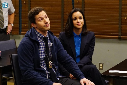 "Brooklyn Nine-Nine hình nền entitled 5x11 - ""The Favor"" - Promotional các bức ảnh"