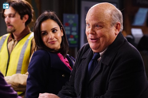 "Brooklyn Nine-Nine fond d'écran entitled 5x11 - ""The Favor"" - Promotional photos"