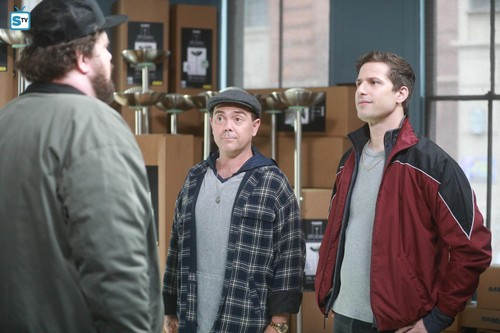 "Brooklyn Nine-Nine پیپر وال titled 5x11 - ""The Favor"" - Promotional تصاویر"