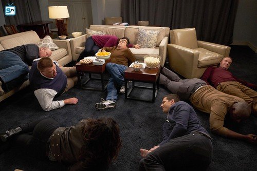 "Brooklyn Nine-Nine achtergrond called 5x12 - ""Safe House"" - Promotional foto's"