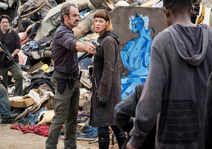 8x10 ~ The lost and the Plunderers ~ Simon and Jadis
