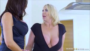 Ava x Leigh Lesbian Sex0374