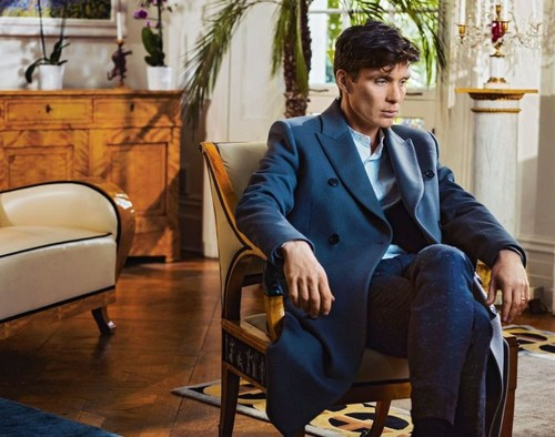 Cillian Murphy wolpeyper entitled Cillian Murphy in Esquire