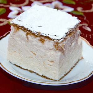 Custard cream slice