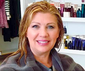 Debbie's Wet Hair