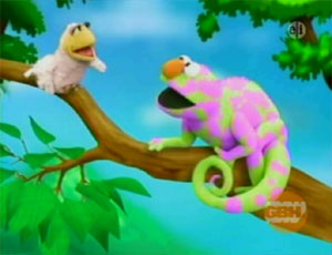 Elmo as a Chameleon (Elmo's World)