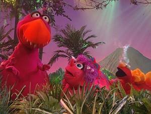 Elmo as a Dinosaur (Dinosaurs!)