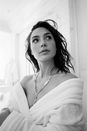 Gal Gadot in a Photoshoot for Oscars Preparations [2018]