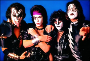 Kiss ~Los Angeles, California...December 7, 1981