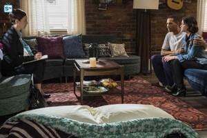 Life Sentence   Season 1   Promotional Episode picha   Episode 1.02 - Re-Inventing the Abbotts