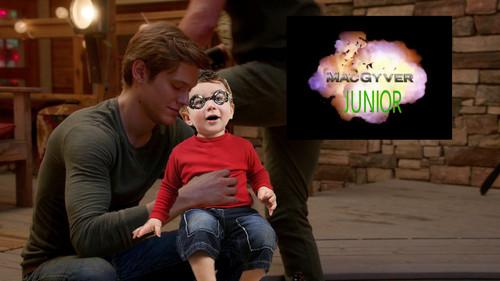 ویژن ٹیلی پیپر وال entitled MacGyver Junior - MacGyver as Dad