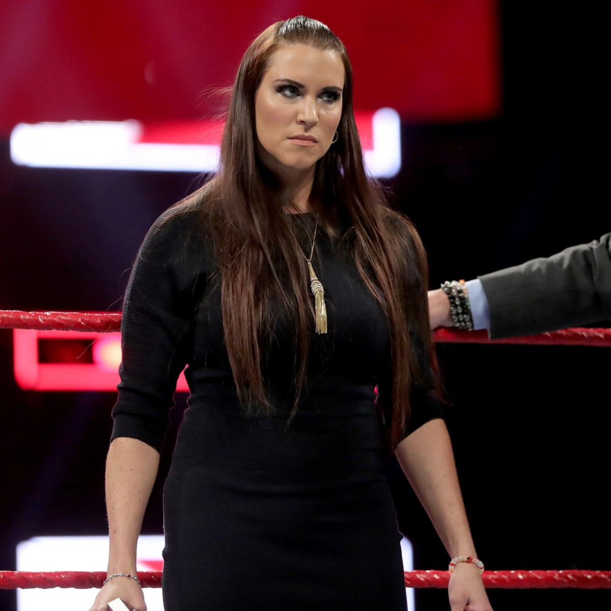 Stephanie Mcmahon Images Stephanie Mcmahon Hd Wallpaper And Background Photos