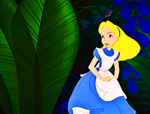 Walt Disney Screencaps – Alice