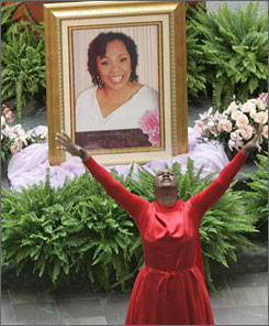 Yolanda King's Funeral Back In 2007