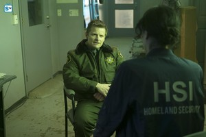 1x01 - Pilot - Jude and Emma