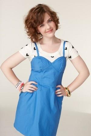 Aislinn Paul (Clare Edwards)