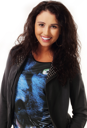 Alicia Josipovic (Bianca Desousa)
