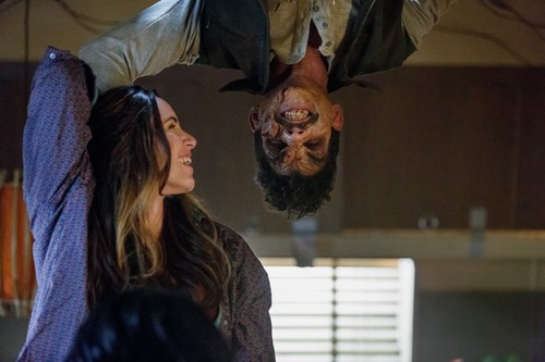 "Ash vs Evil Dead achtergrond entitled Ash Vs Evil Dead ""Baby Proof"" (3x05) promotional picture"