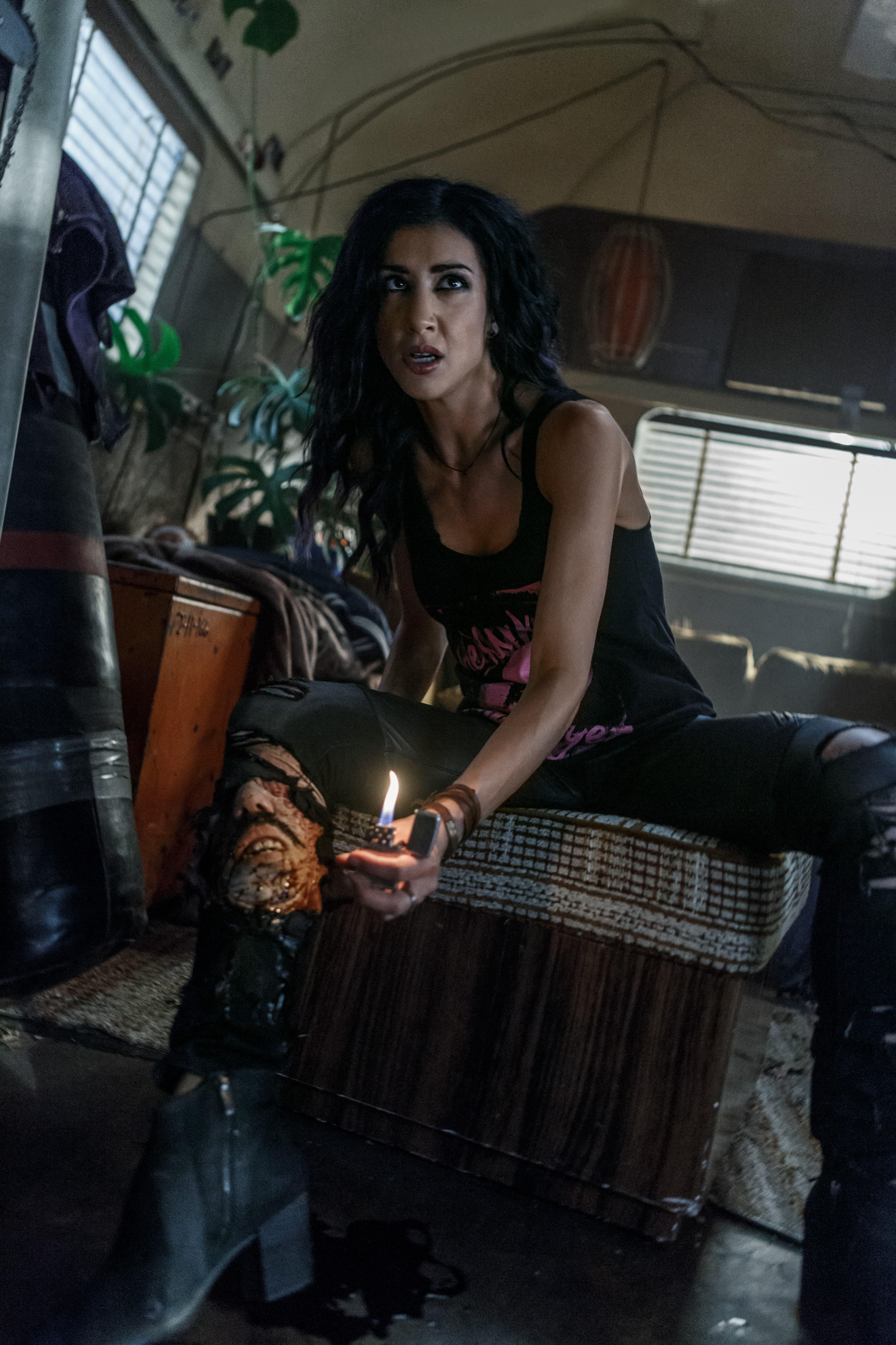 "Ash Vs Evil Dead ""Baby Proof"" (3x05) promotional picture"