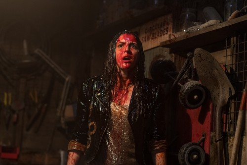 "Ash vs Evil Dead achtergrond entitled Ash Vs Evil Dead ""Judgement Day"" (3x09) promotional picture"