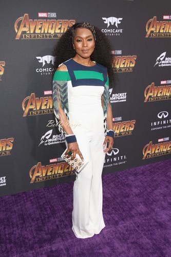 Avengers: Infinity War 1 & 2 壁纸 entitled Avengers Infinity War World Premiere