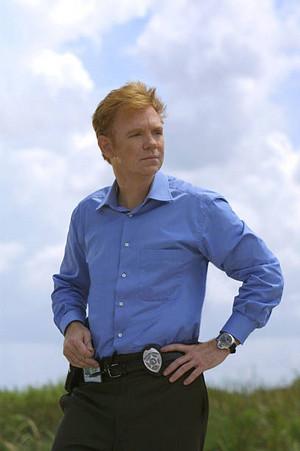 "CSI: Miami ~ 1.03 ""Wet Foot/Dry Foot"""