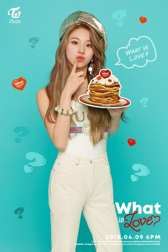 "Twice (JYP Ent) Hintergrund called Chaeyoung's teaser image for ""What is Love?"""
