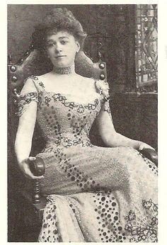Clara Bloodgood (August 23, 1870 – December 5, 1907)