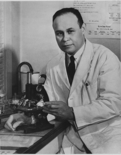 dr charles drew Charles drew was born june 3, 1904, in washington, dc he attended amherst college in massachusetts , where his athletic prowess in track and football earned him the mossman trophy as the man who contributed the most to athletics for four years.
