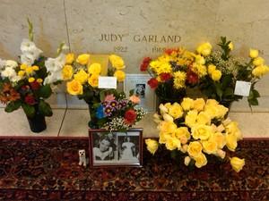 Gravesite Of Judy Garland
