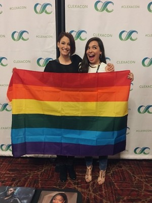 Isabella with Chyler at ClexaCon 2018