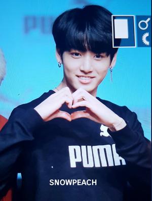 Jungkook PUMA Fansign