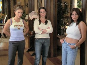 Prue Piper and Phoebe 23