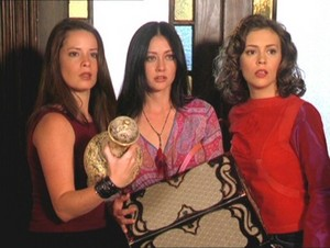 Prue Piper and Phoebe 31