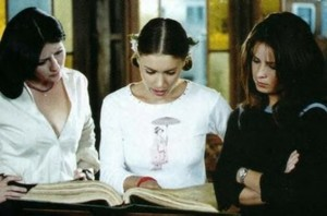 Prue Piper and Phoebe 38