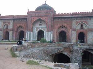 Qila-e-Cunha Masjid, Old Fort, Delhi